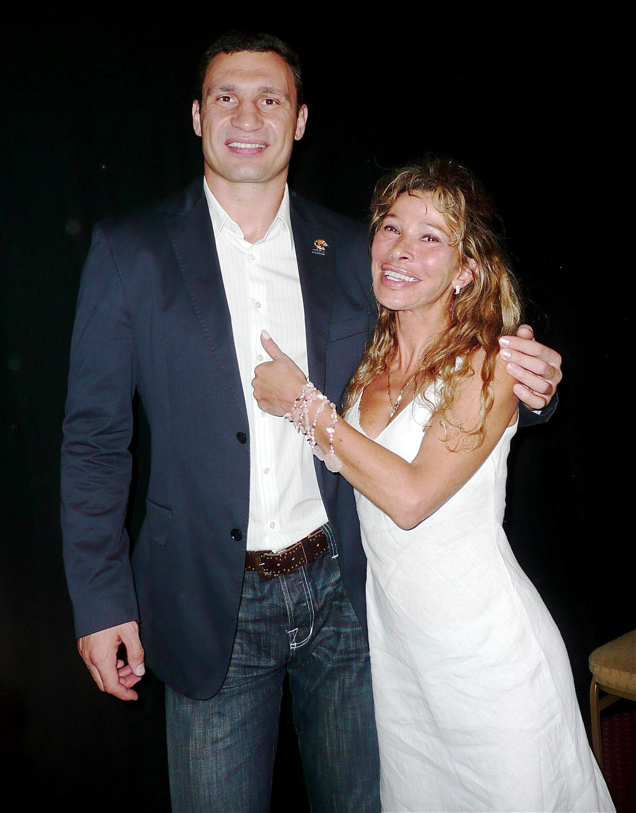 VITALI KLITSCHKO & GIANNA GARBELLI WBC CARDIFF
